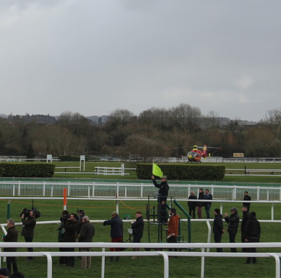 cheltenham official race starter