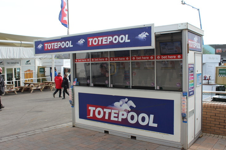 totepool stand at cheltenham racecourse