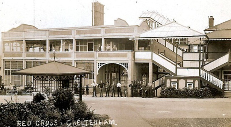cheltenham racecourse world war one hospital building